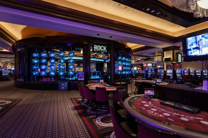 What's So Fascinating About Casino?